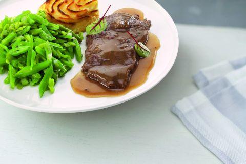Runderlapje in jus met snijbonen en aardappelpuree (kleine maaltijd)