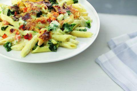 Penne met spinazie en tomaat