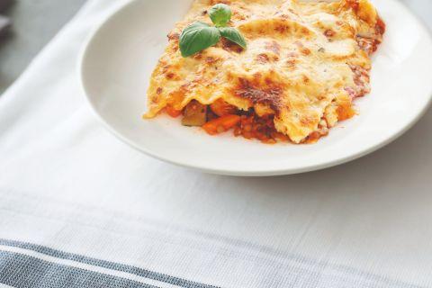 Vegetarische lasagne met groenten, linzen en quorn